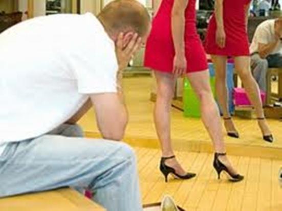 Shopping Makes Men Impotent?