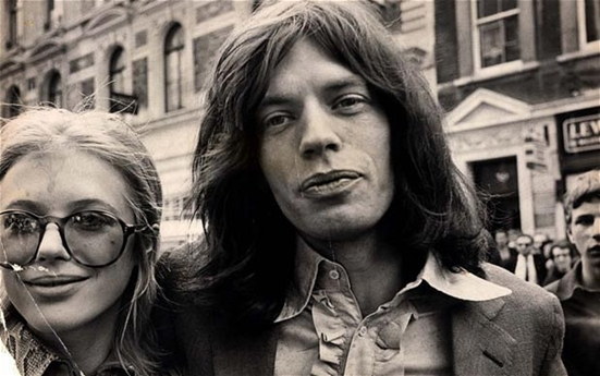 No Satisfaction - Marianne Faithful and Mick Jagger